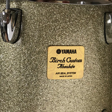 Yamaha Birch Custom Absolute drum badge