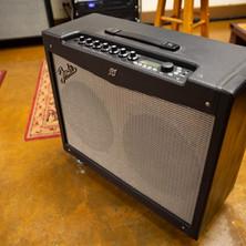 Fender Mustang 2x12 combo amp
