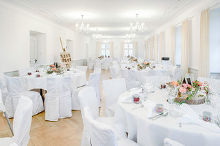 Saal_Restaurant_St.Meinrad_HDR_2018_6_FB