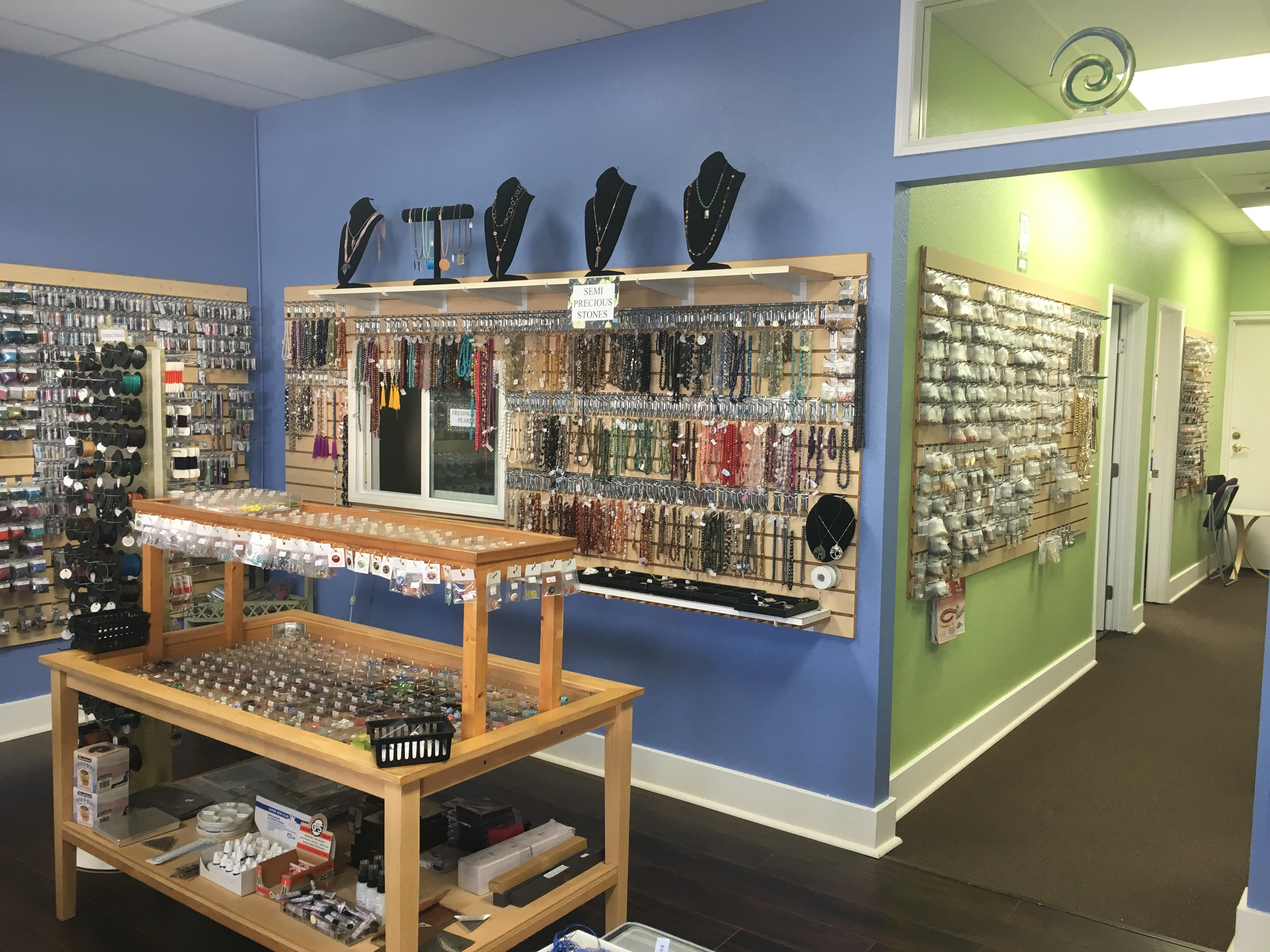 Store Interior1