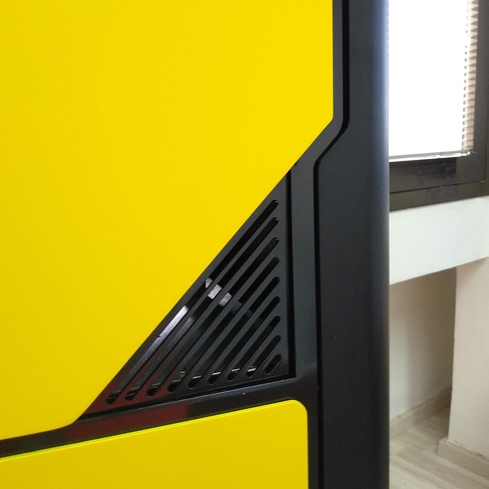 Yellowpic E.jpg