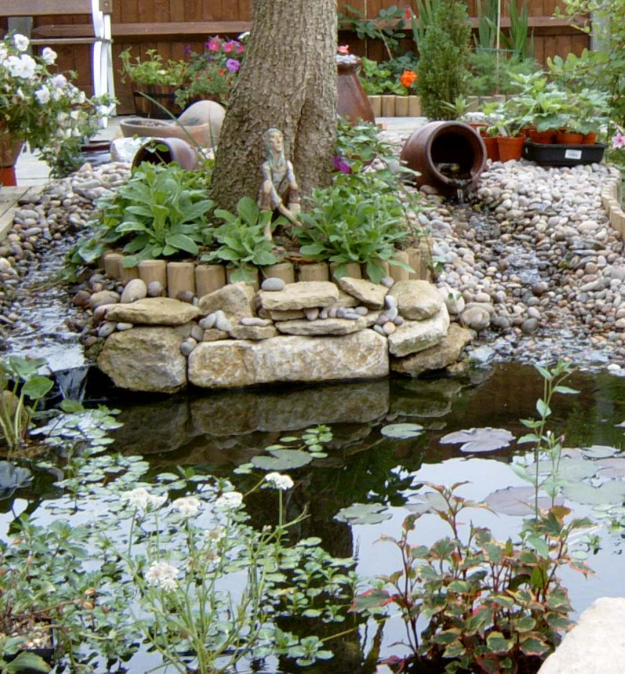 Pond Waterfall Billingshurst