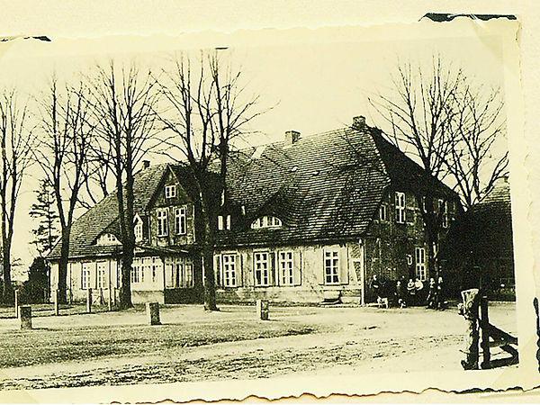 Haupthaus Redentin.jpg