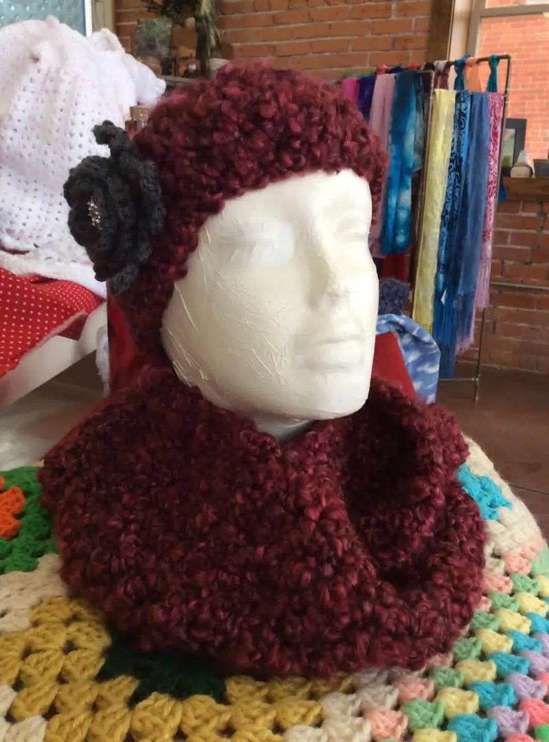 yarn scarf and hat.jpg