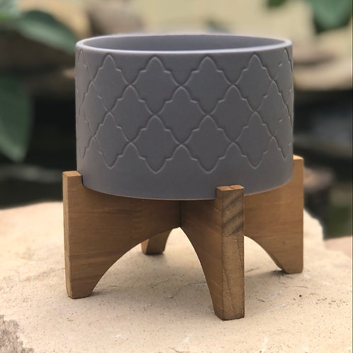 Grey pedestal pot