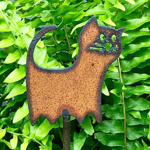 Sm. Iron cat garden stake