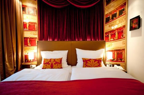 """Interior """"Opern""""-Zimmer"""
