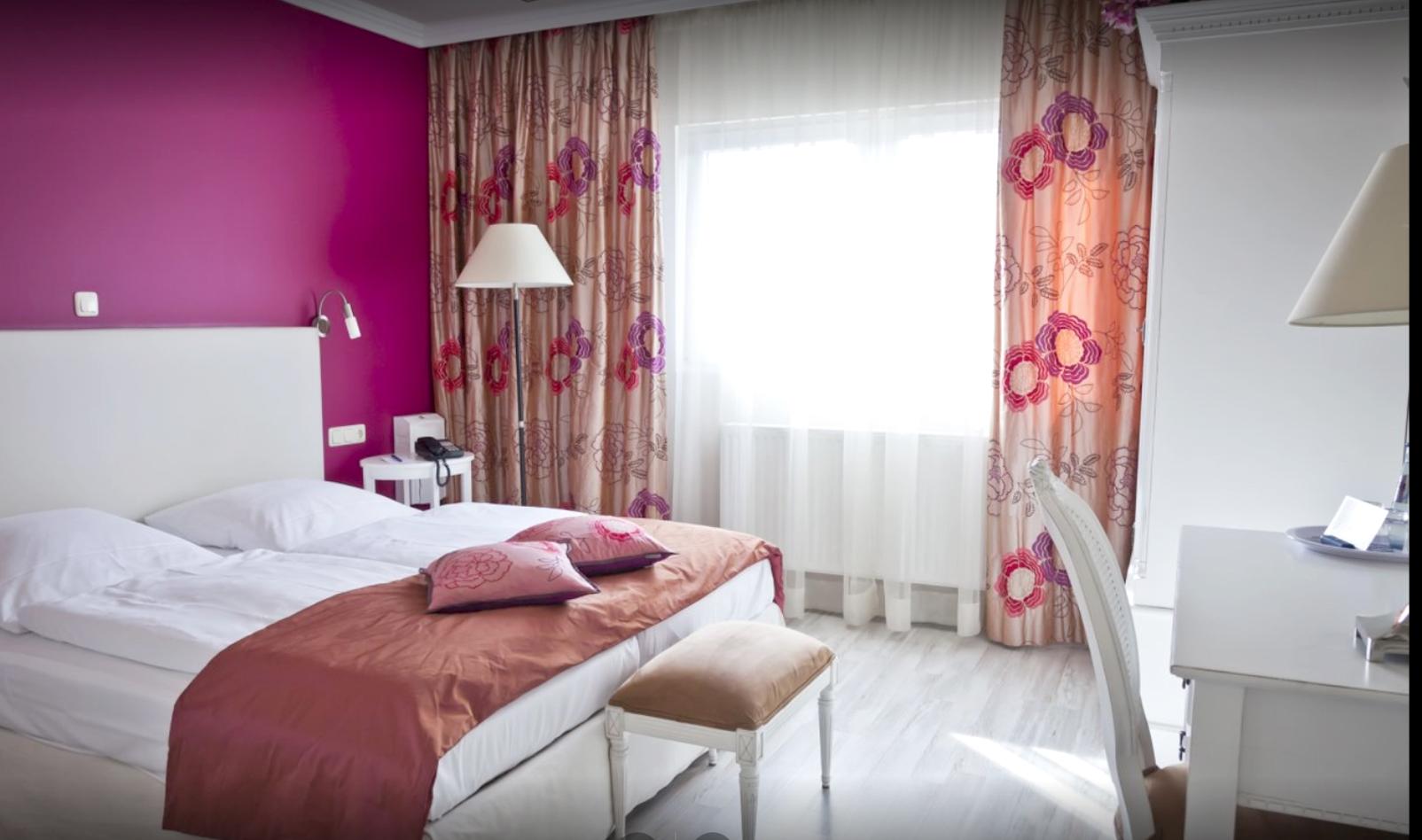 Pink Room Hotel Interior