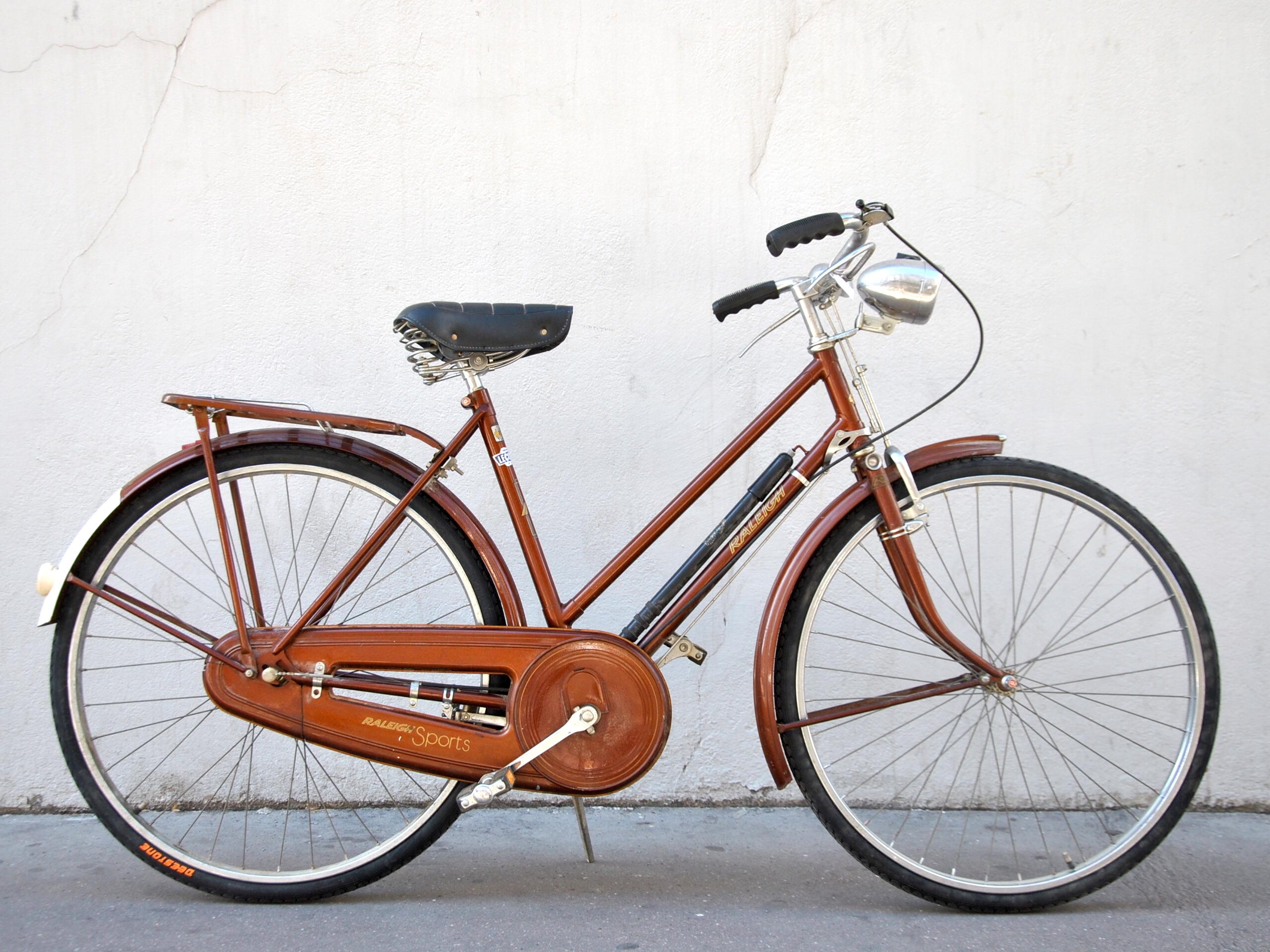 Vélo de ville femme raleigh
