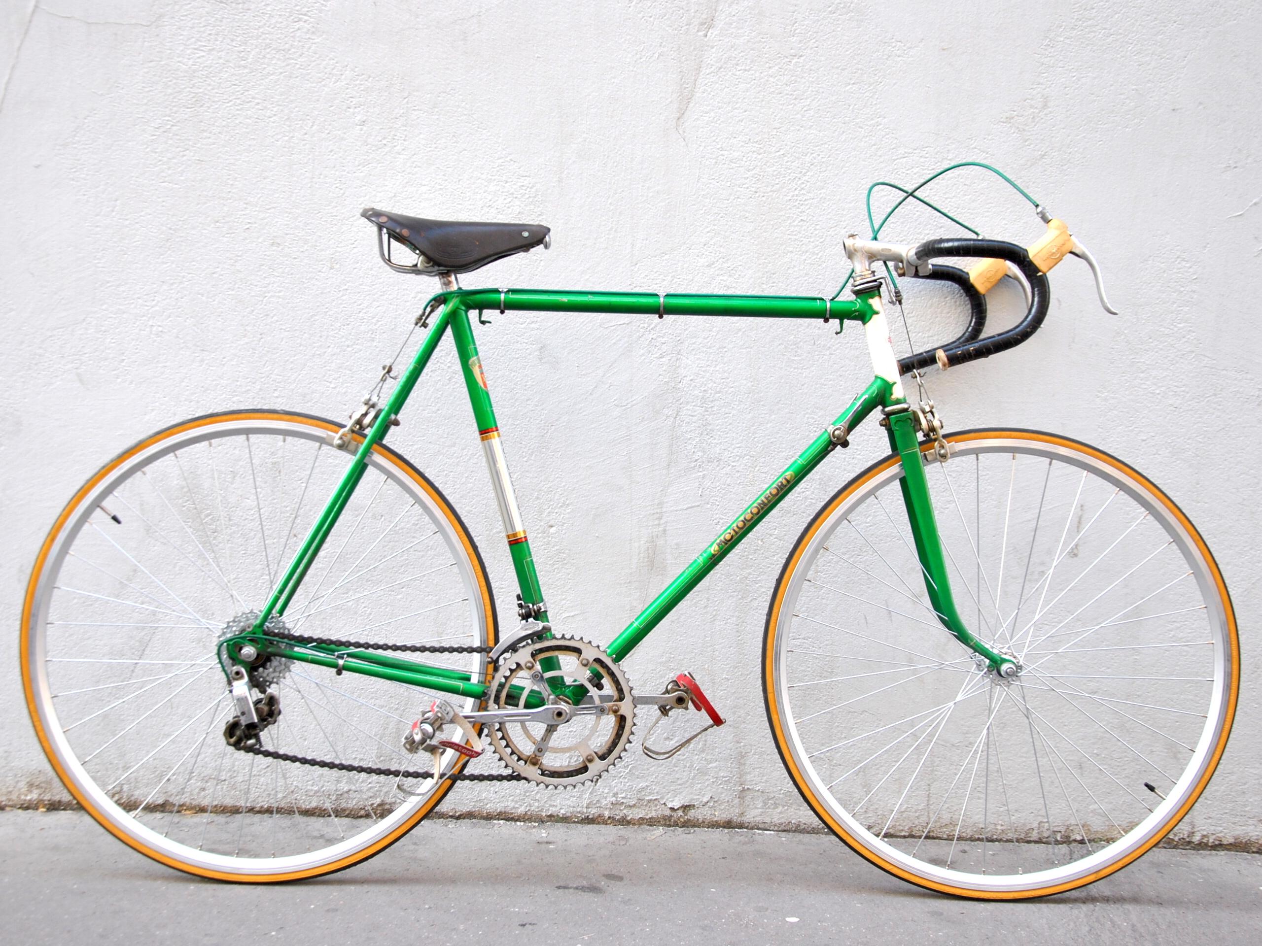 Vélo de course Motoconfort