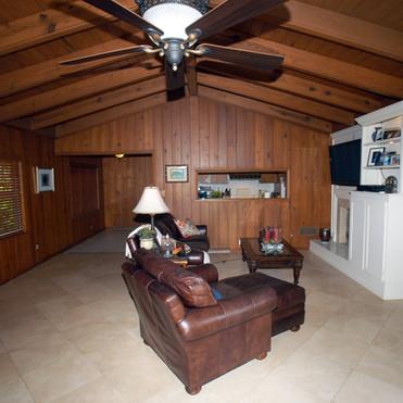 family room 1 before.jpg