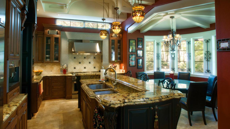 villa venezia kitchen.jpg
