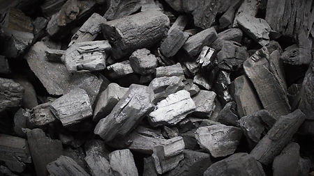lump-charcoal-1600x900.jpg