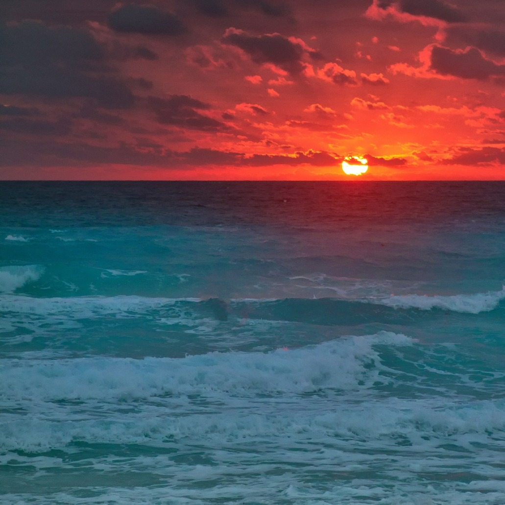 sun-546358_1920_edited.jpg