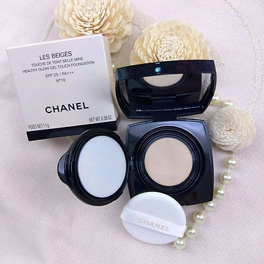 CHANEL Les Beiges Boutique Bell Mine SPF 25 Cushion Foundation