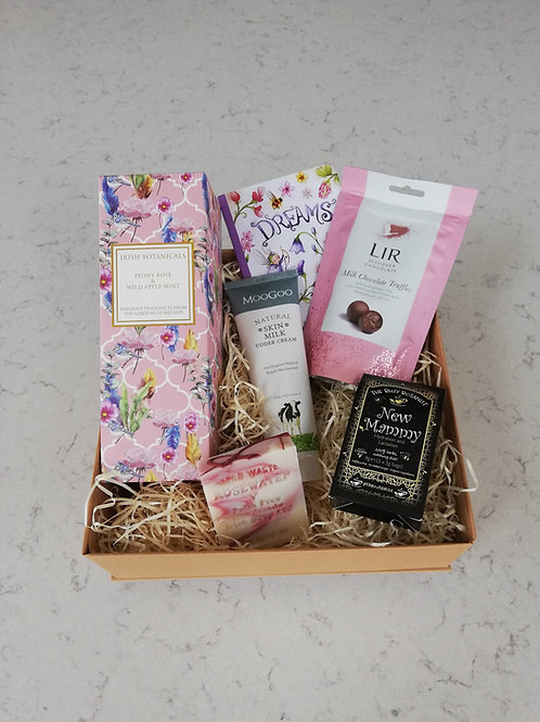 New Mother Gift Box