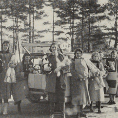 Nurses with Christmas presents 1959