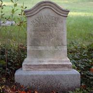 Bradlee's headstone © John Gray