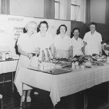 A view of the hospitality area of the 1964 State Hospital Open House. The hospital kitchen staff prepared over 7,200 meals per day for patients and employees.