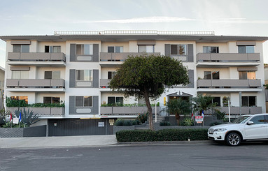 "Top floor, upper right corner was the former residence of James ""Whitey"" Bulger located near the Santa Monica's Third Street Promenade."
