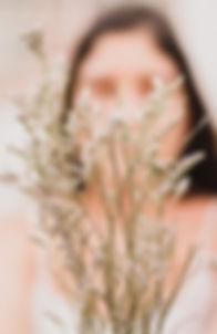 Ana de las flores.jpg