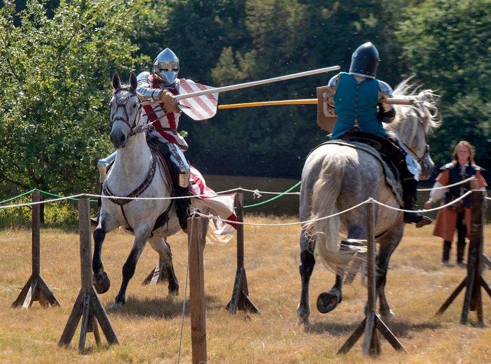 Joute et entrainement du chevalier