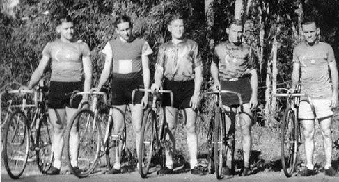 crescents-1940s.png
