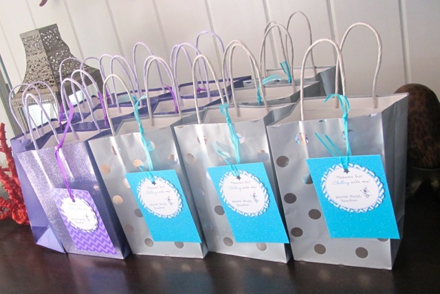 Island Parties - Let It Go Party Favors