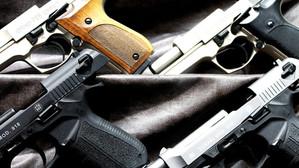 Buscarán prohibir armas de fuego en sets de cine