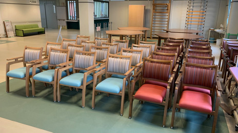 浜松西山病院様の食堂にて