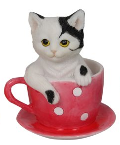 Spotty Teacup with Kitty Magnet