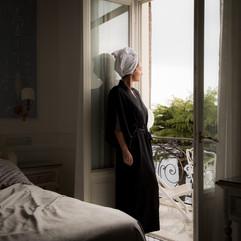 Black Silk Kimono LL in Window Capri