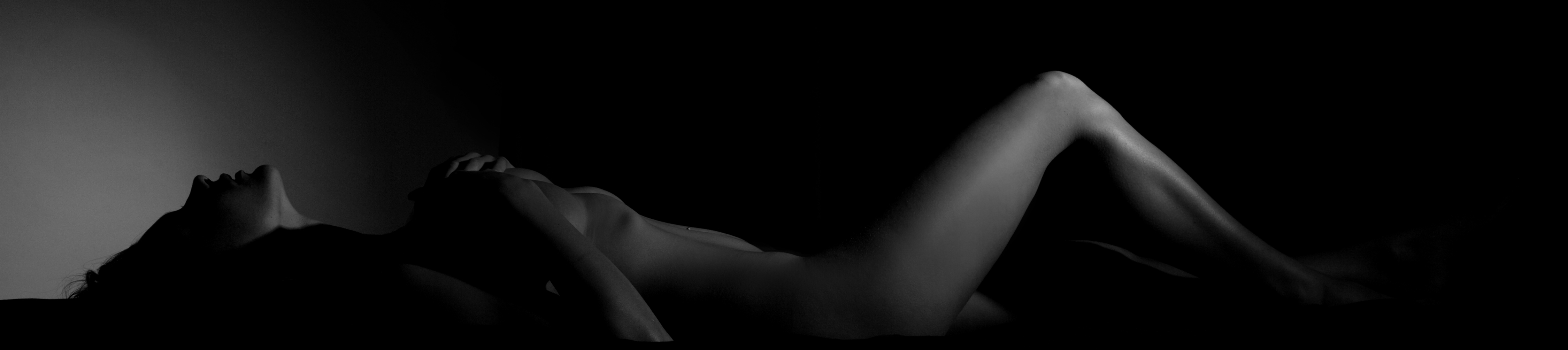 Alise Black Semi Nude Photography