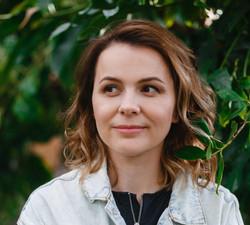 Таня Иванова