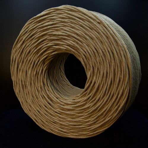 bobina hilo de papel