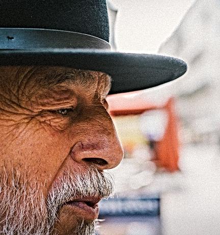 photographie, street photo, portrait, nantes, photo, photographe, photo de rue, chapeau, homme, profil