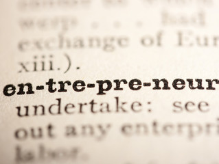 "To be ""Entrepreneur"" or to be ""Chef d'entreprise"""