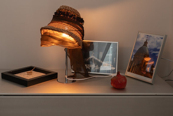 Straw women Hat model 1850 Table Lamp