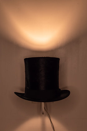 Top Hat Wall Lamp