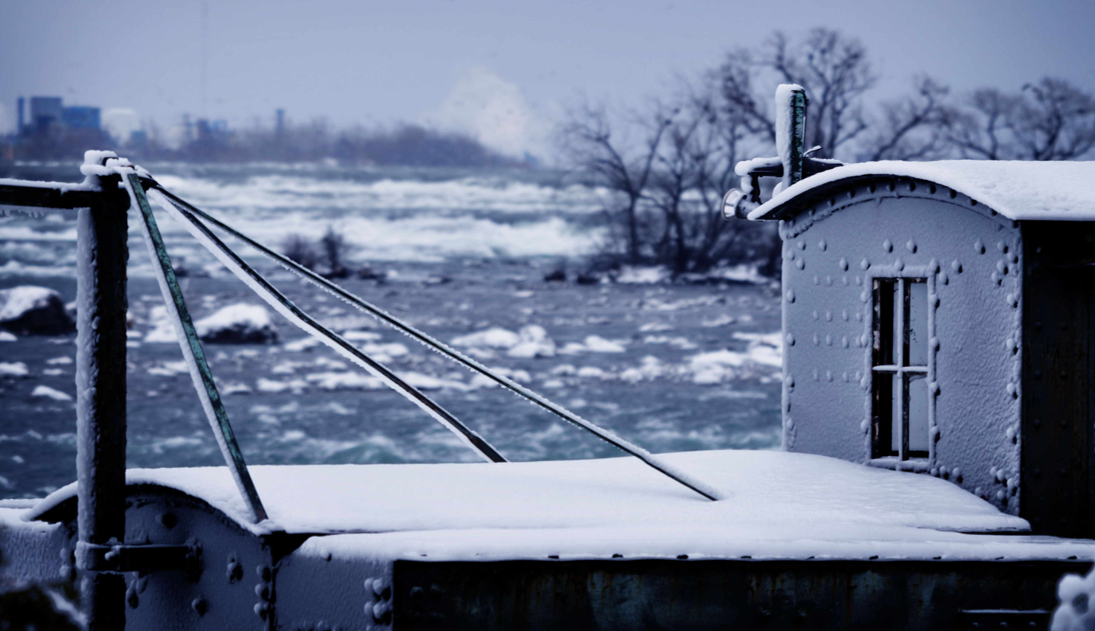 Niagara / Horseshoe Falls border