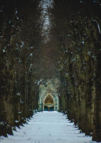 Snow covered church - Bristol