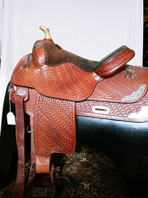 Hereford by Textan 15.5 wavy leather Custom SOLD