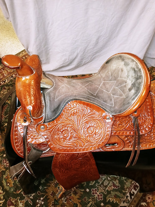 """Western saddle 15.5-16"""" suede seat fancy tooling"""