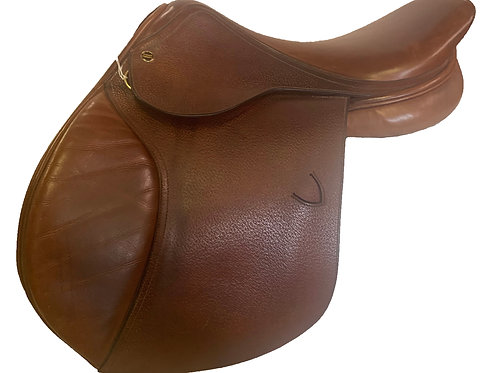 "Richard Castelow Saddle 17"" Close Contact"