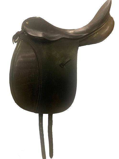 "County 18"" Dressage Saddle"