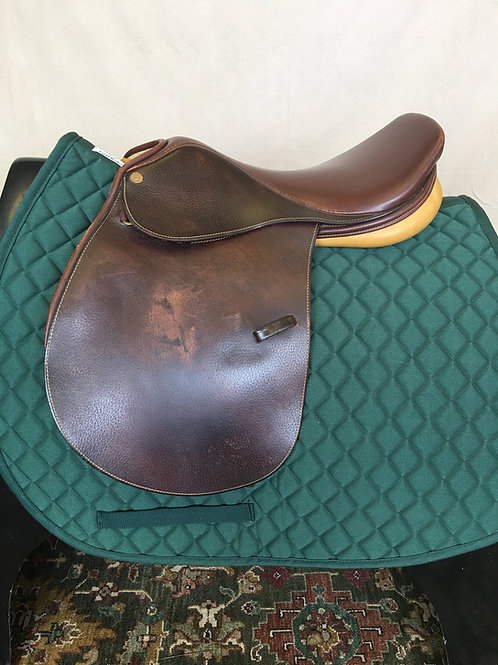 Nice Quality Saddlery Close Contact
