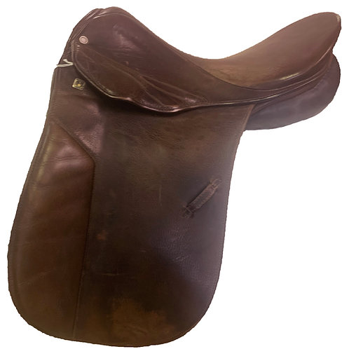 "Stubben Aramis 17.5"" Dressage Saddle"