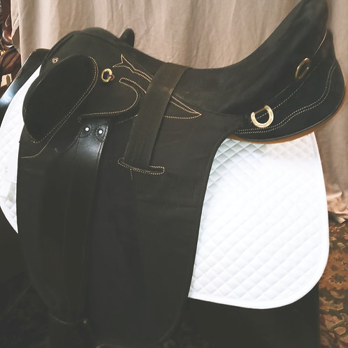 Australian Endurance saddle synthetic 18""