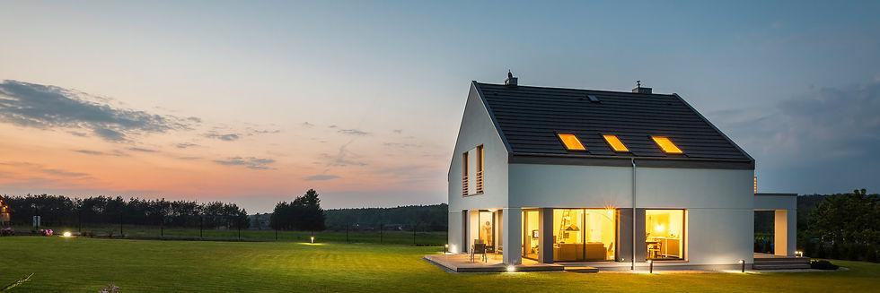 Modernisiertes Haus mit Garten