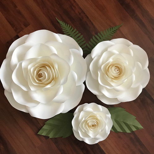 Pdf Large Medium Small Roses Paper Flowers Templates 4 Trace N